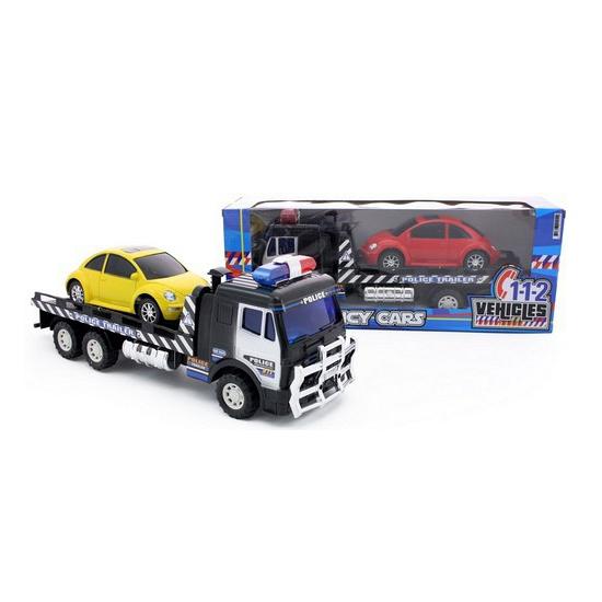 politie-trucks-met-rode-auto